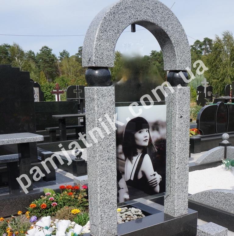 Купить памятники в москве т   без недорогие памятники цена в origin