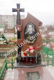Фигурный памятник FP_0204 из лезниковского гранита и габбро