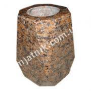 ваза из рваного камня