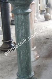 колонны из гранита и мрамора