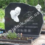 Памятник обапол 166 на могилу