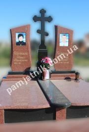 Эксклюзивный двойной памятник с крестом 2-009 из лезниковского гранита