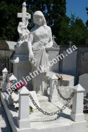 Мраморная скульптура ангела 043