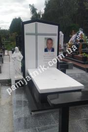 Памятник из белого мрамора 054