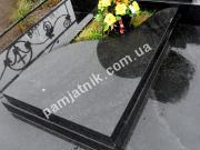 Цветник на могилу с декоративным надгробием 028