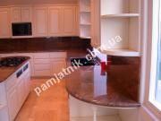 Кухонные поверхности из натурального камня